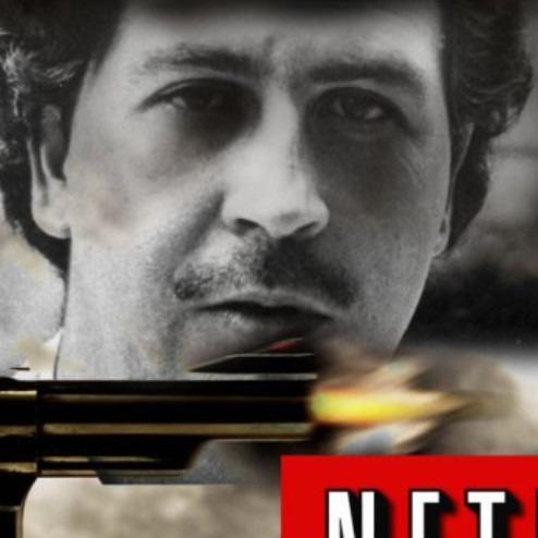 Narcos ikinci sezon onayını aldı.